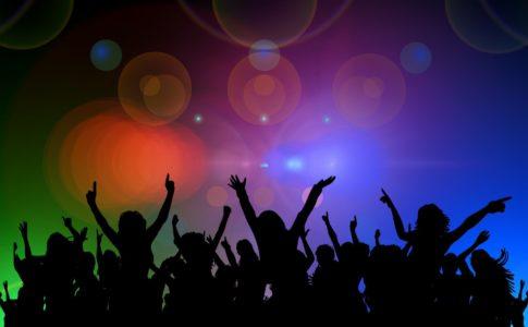 白石麻衣卒業コンサート,会場,どこ,広め