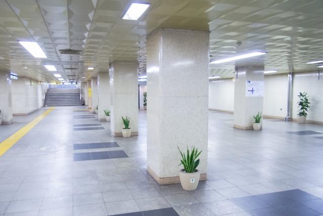 新宿西口地下,メトロ食堂街,閉館,移転する店